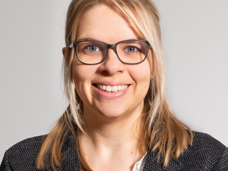Claudia Inauen ist Assistentin des CEOs.